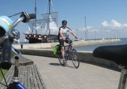 kolesar_na_obali