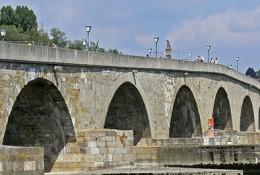 bav_donava_regensburg_stari_most